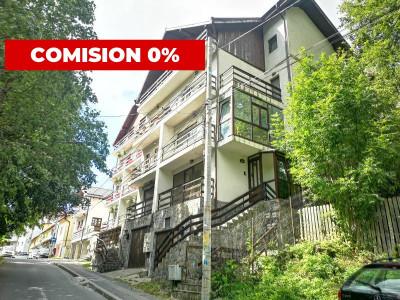 Apartament 3 camere decomandat cu garaj in vila Sinaia
