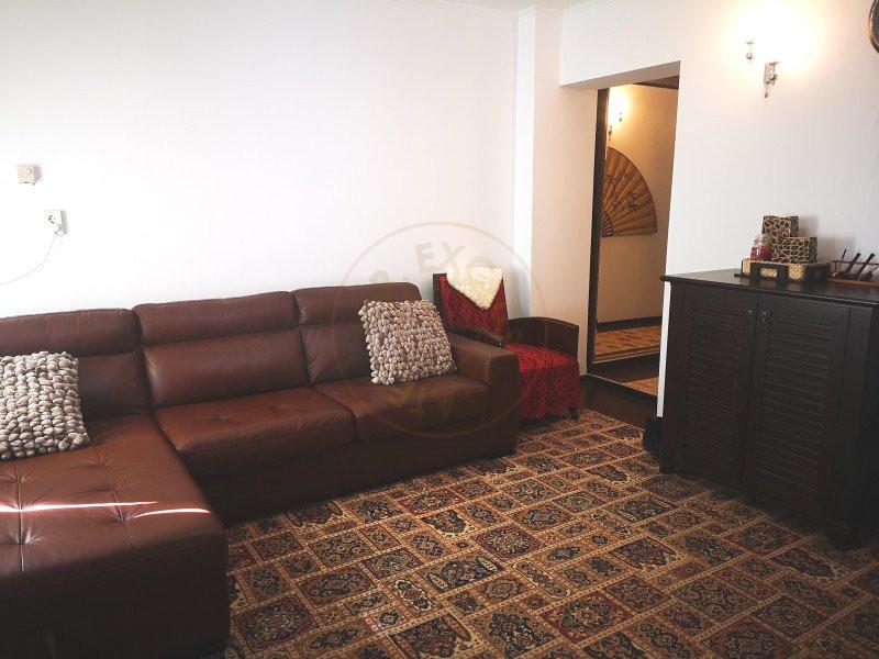 Apartament 3 camere decomandat cu garaj in vila Sinaia 5