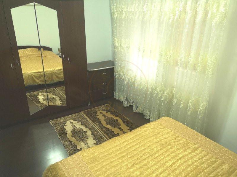 Apartament 3 camere decomandat cu garaj in vila Sinaia 9