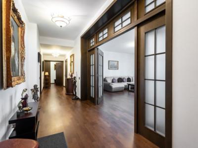 Primaverii/ Jean Monnet - 4 camere lux, 262mp, 41mp terase, 2 locuri parcare