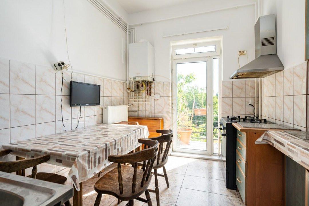 Apartament 3 camere pe strada  Icoanei 6