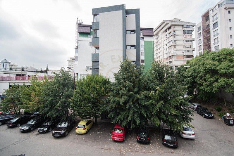 Apartament 4 camere Maior Sontu 4