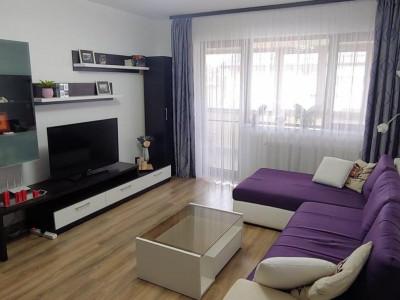 De inchiriat apartament 3 camere decomandat Romprim