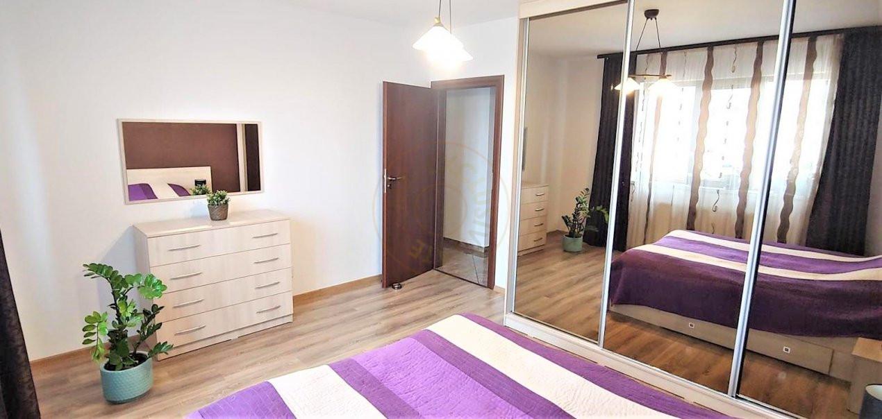 De inchiriat apartament 3 camere decomandat Romprim 4
