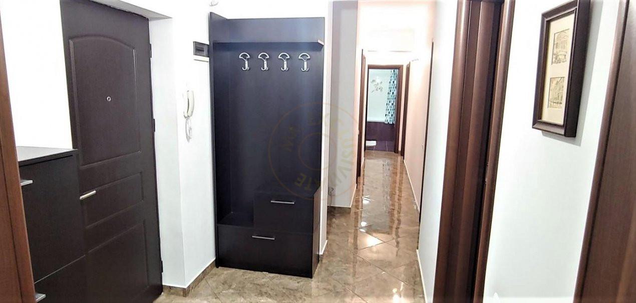 De inchiriat apartament 3 camere decomandat Romprim 8