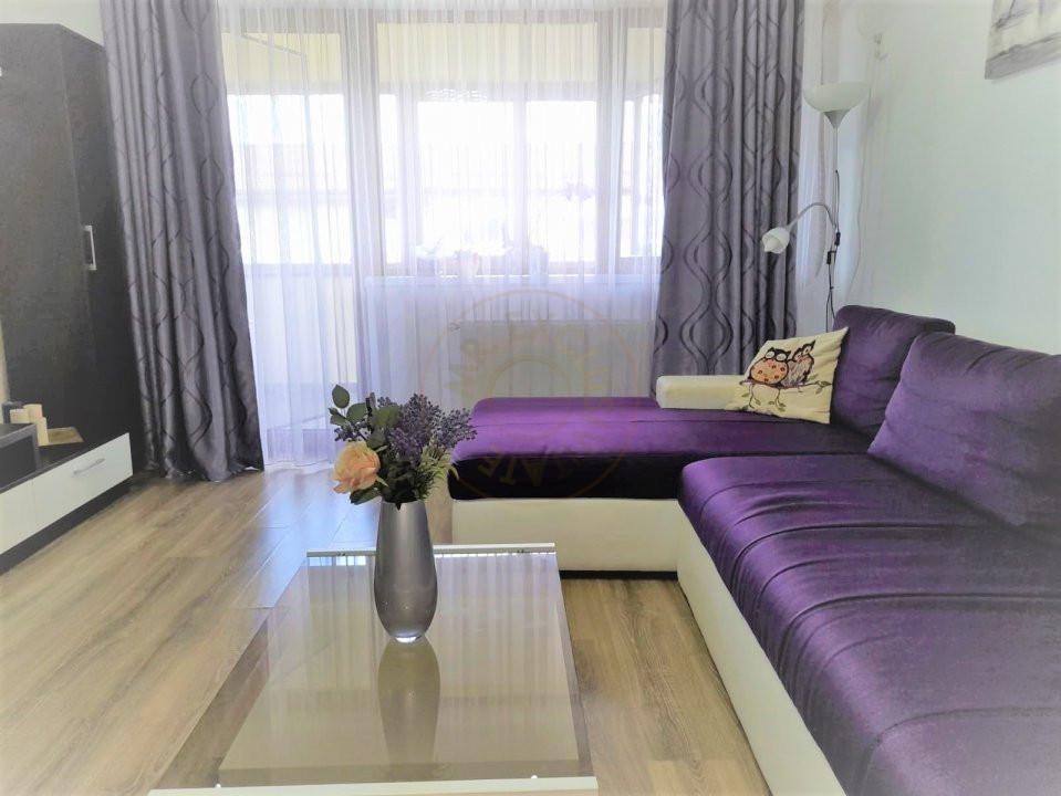 De inchiriat apartament 3 camere decomandat Romprim 2