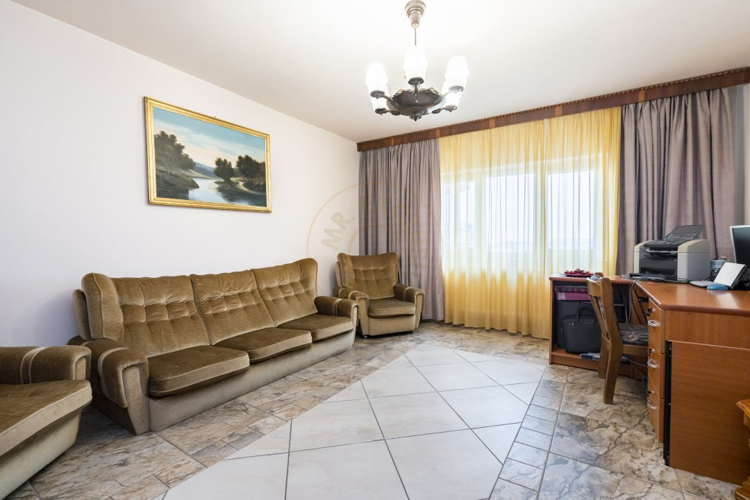 Apartament de vanzare in zona Vitan 1