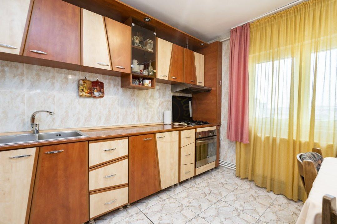 Apartament de vanzare in zona Vitan 5