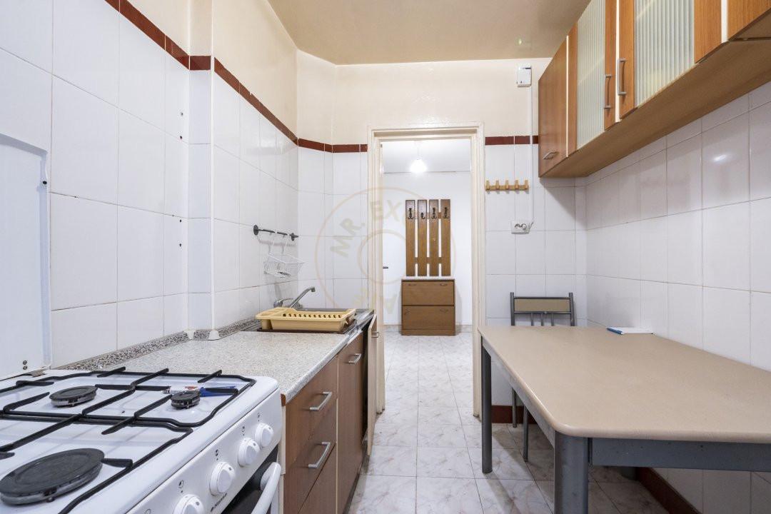 Inchiriere/Apartament 3 camere/ Maior Coravu 9