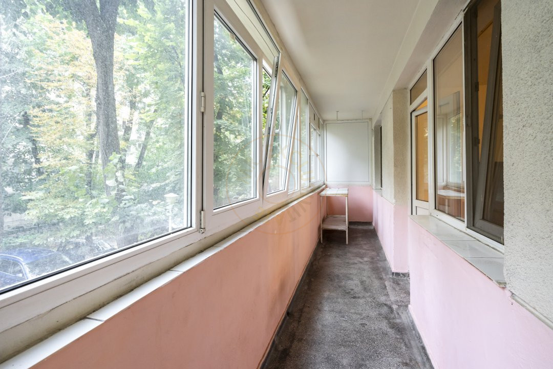 Inchiriere/Apartament 3 camere/ Maior Coravu 14