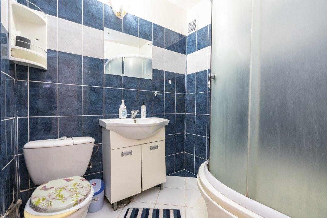Inchiriere/Apartament 3 camere/ Maior Coravu 15
