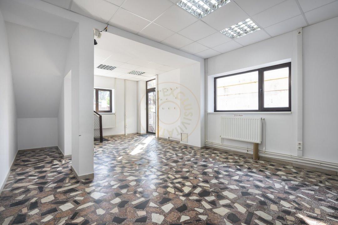 De Inchiriat - Casa 5 camere - 170 mp utili - Semanatoarea 3