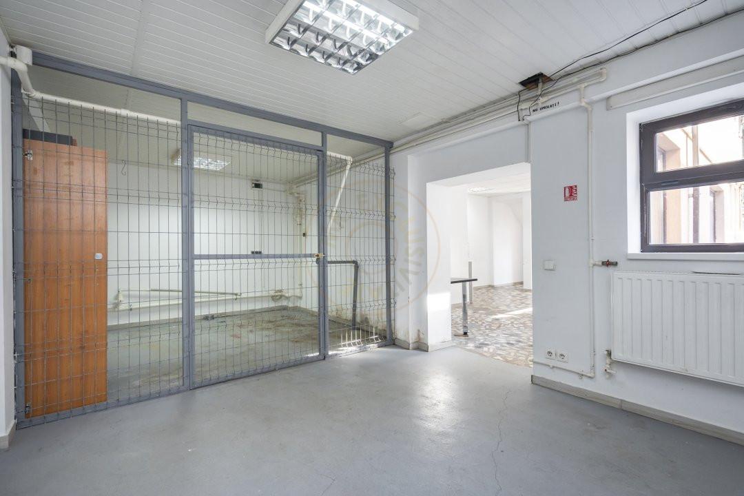 De Inchiriat - Casa 5 camere - 170 mp utili - Semanatoarea 13