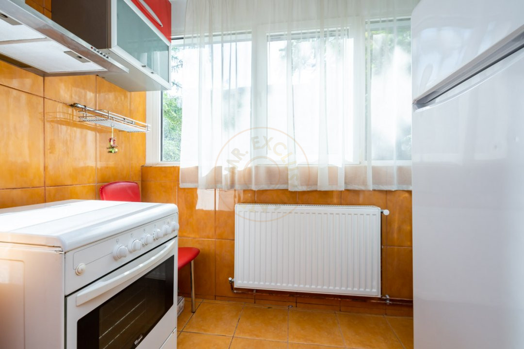 Apartament de 3 camere de inchiriat-Colentina 12