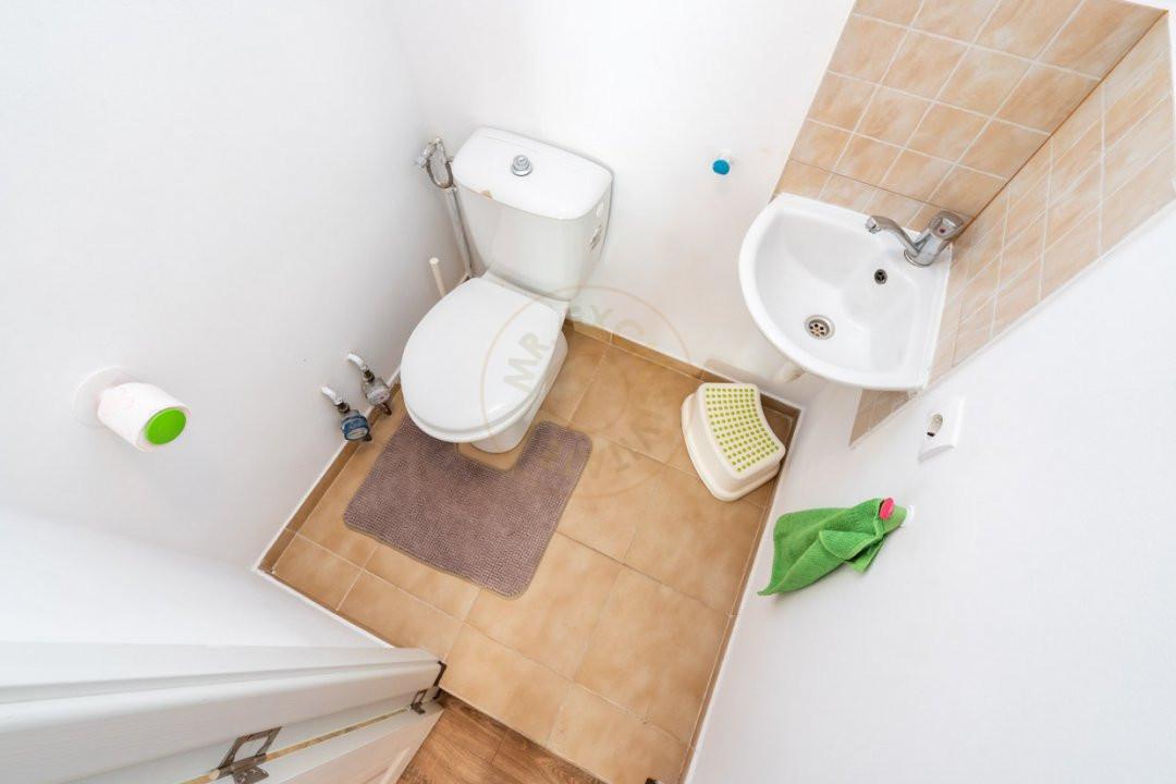 Apartament de 3 camere de inchiriat-Colentina 16