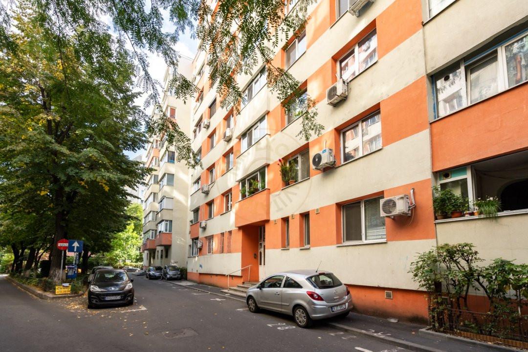 Apartament de 3 camere de inchiriat-Colentina 17