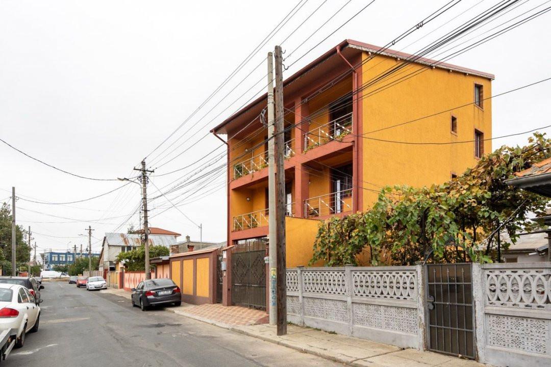 Vila cartierul 23 August  24