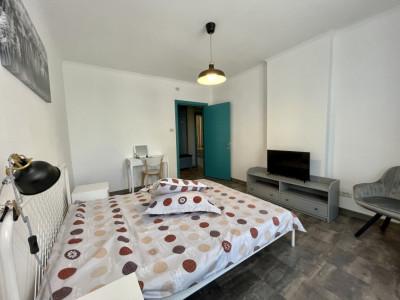 Inchiriere apartament 2 camere decomandat Fratii Golesti!