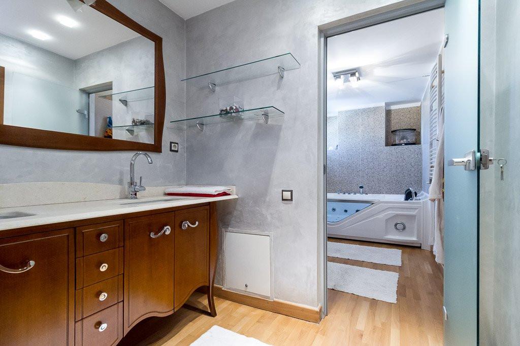 Amazing Lake View - 196sqm, 3 room apartment, Herastrau -Nordului 18