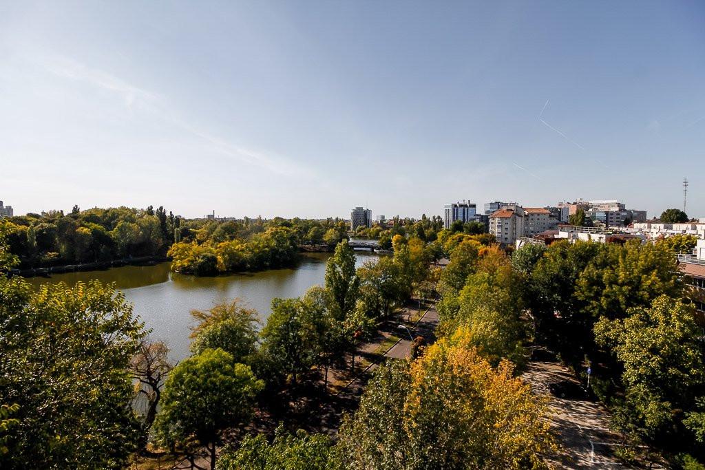 Amazing Lake View - 196sqm, 3 room apartment, Herastrau -Nordului 20