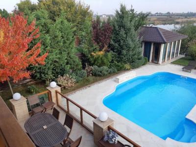 Vila la lac, 7 camere, mobilata&utilata lux, piscina, Crevedia