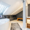 Vila la lac, 7 camere, mobilata&utilata lux, piscina, Crevedia thumb 16