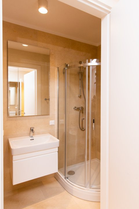 Apartament cu 3 camere decomandat in Nordul Capitalei - Luxuria Residence 19