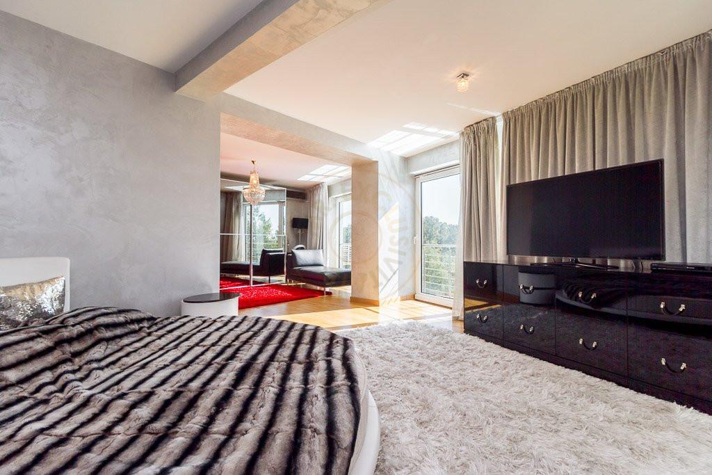 Amazing Lake View - 196sqm, 3 room apartment, Herastrau -Nordului 13
