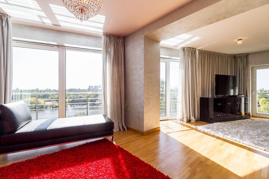 Amazing Lake View - 196sqm, 3 room apartment, Herastrau -Nordului 17