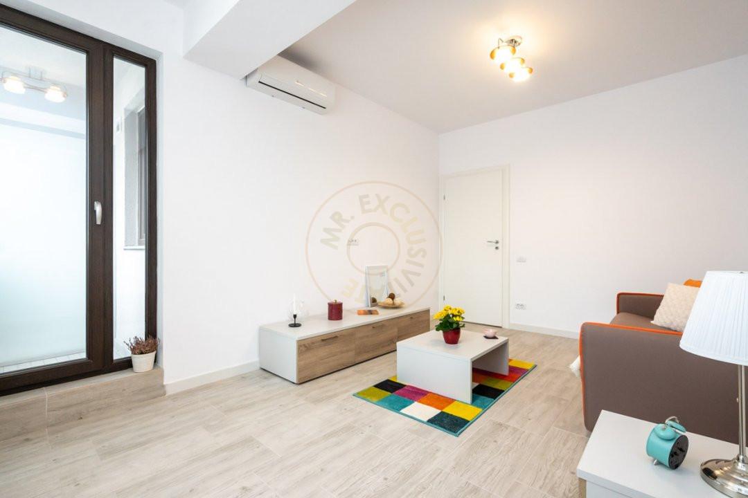 Studio in Complex Modern (Green Rooftop Access) 5