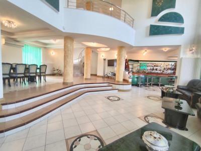 Vila Spectaculoasa Otopeni | amenajari lux | 12 camere | piscina