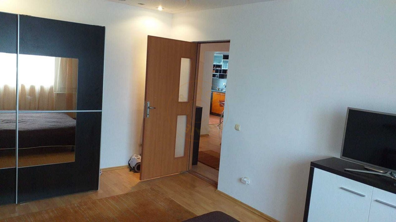 Apartament 2 camere Zona Piata Alba Iulia 3