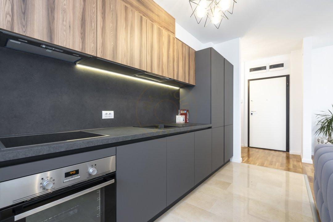 Apartament elegant de 2 camere cu parcare subterana in Luxuria Residence 7