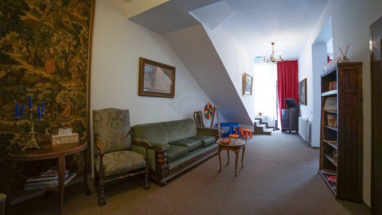 Pretabil investitie -  hotel, clinica, rezidential la Palatul Parlamentului 8