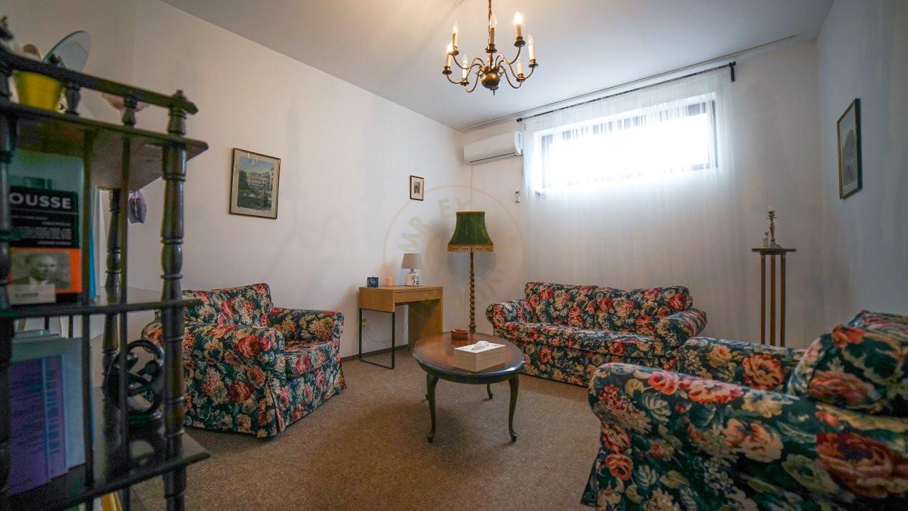 Pretabil investitie -  hotel, clinica, rezidential la Palatul Parlamentului 12