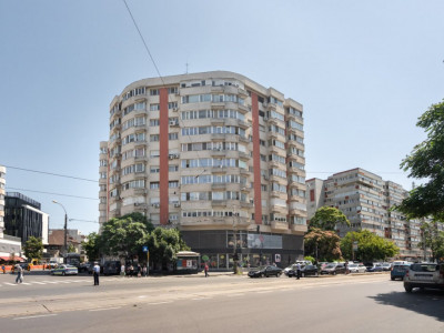 Bdul Ion Mihalache-Parc Kiseleff-apartament de 3 camere de vanzare