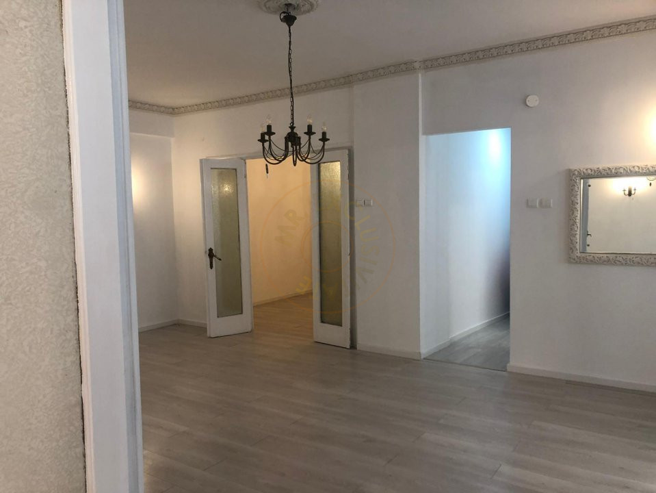 Apartament 3 camere Calea Victoriei  11